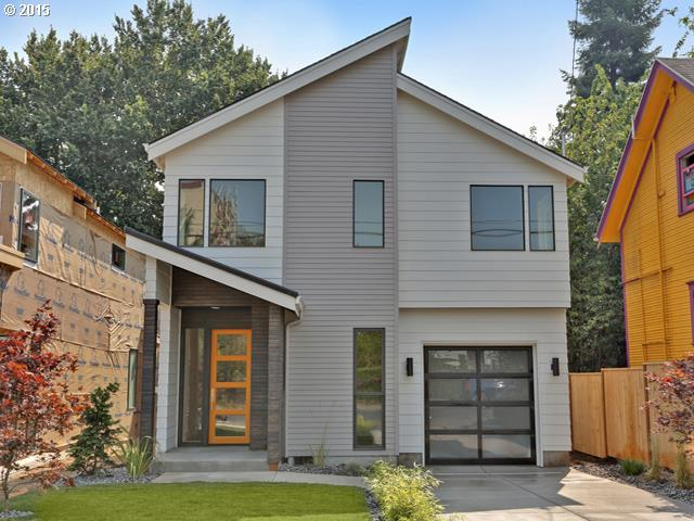 Modern New Construction in Sellwood
